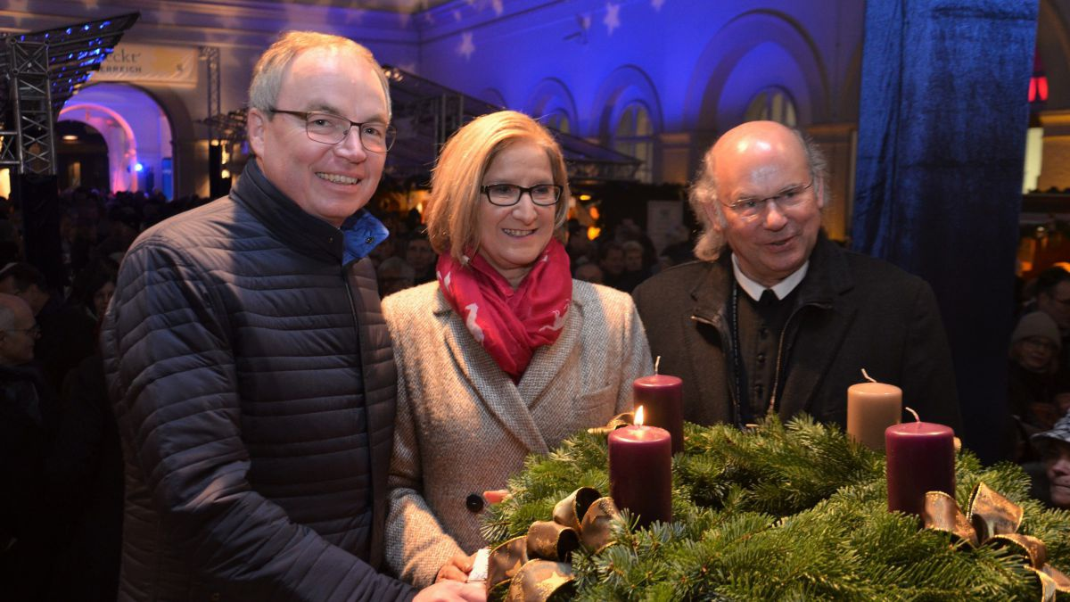 foto1_adventmarkt-cut
