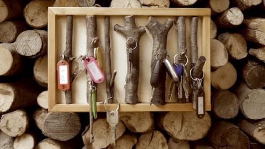 Schlüsselbrett aus Zweigen